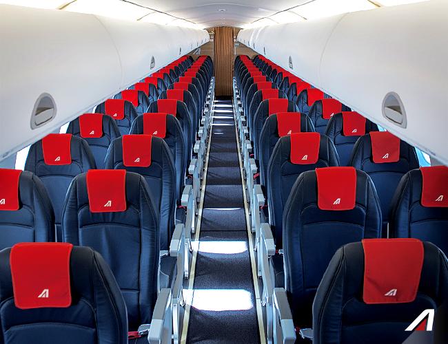 I nuovi interni sugli embraer 175 italiavola for Interno easyjet