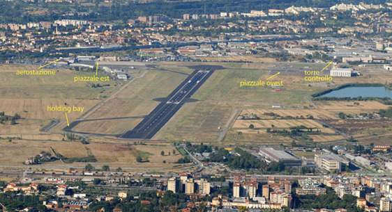 Aeroporto Di Firenze Container Senza Bagno E Fili